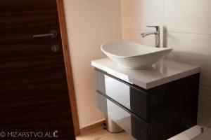 pohištvo za kopalnico po meri