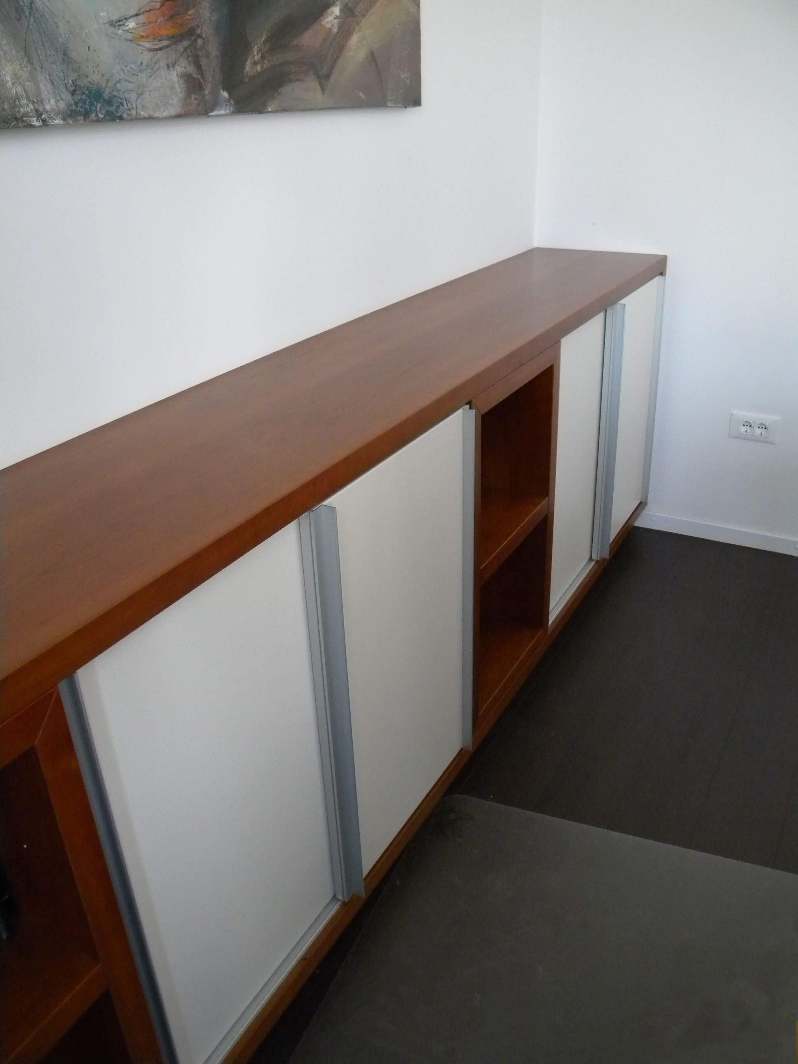 vgradna omara pohištvo za pisarno