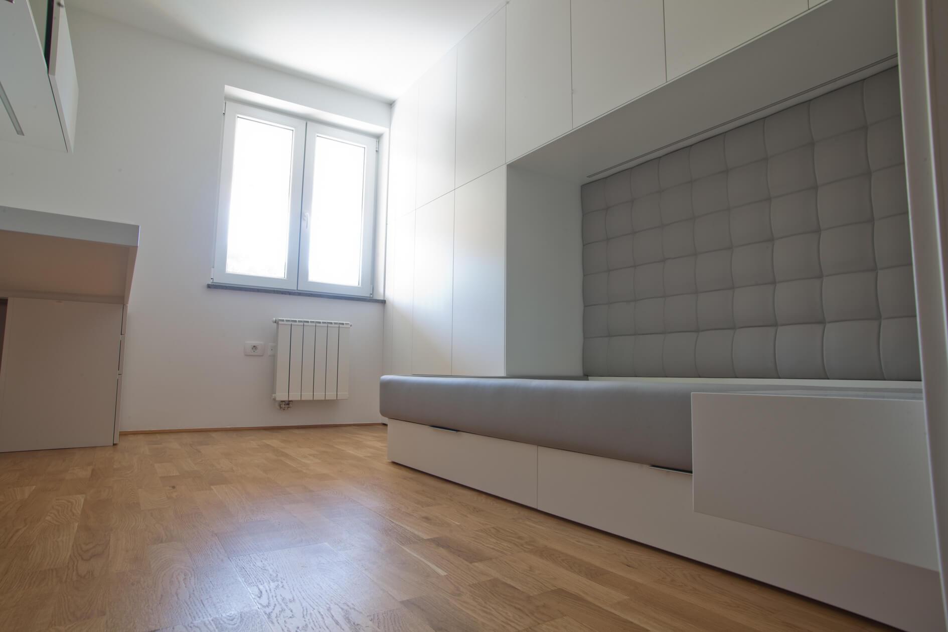 Pohištvo po meri za mladinsko sobo oblazinjen posteljni okvir