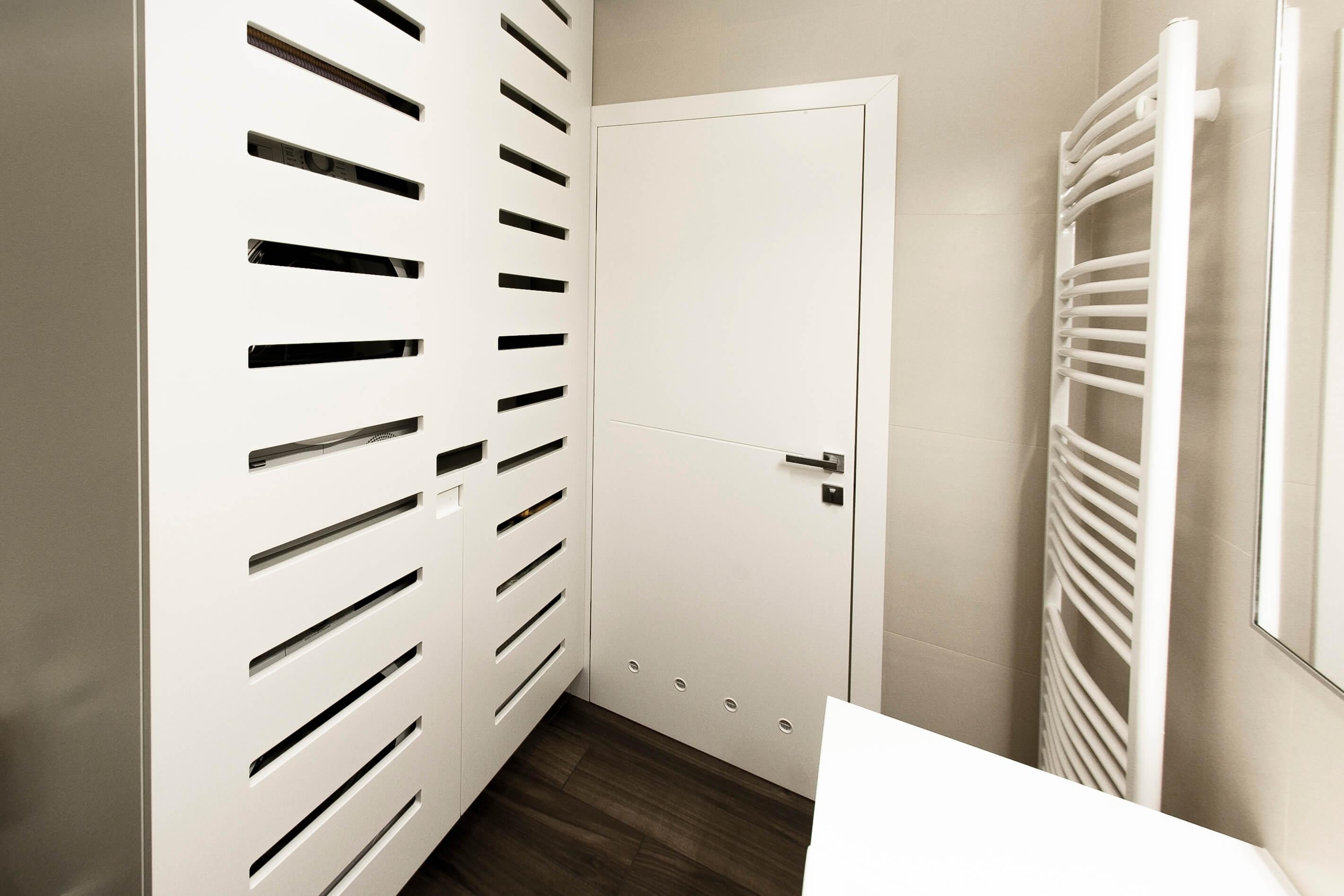omara za kopalnico po naročilu