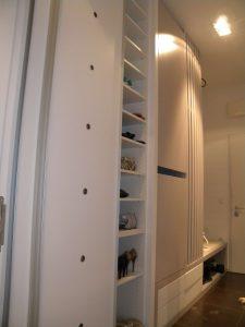 vgradna omara po meri predsoba drsna vrata