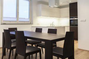 kuhinja in jedilnica po meri
