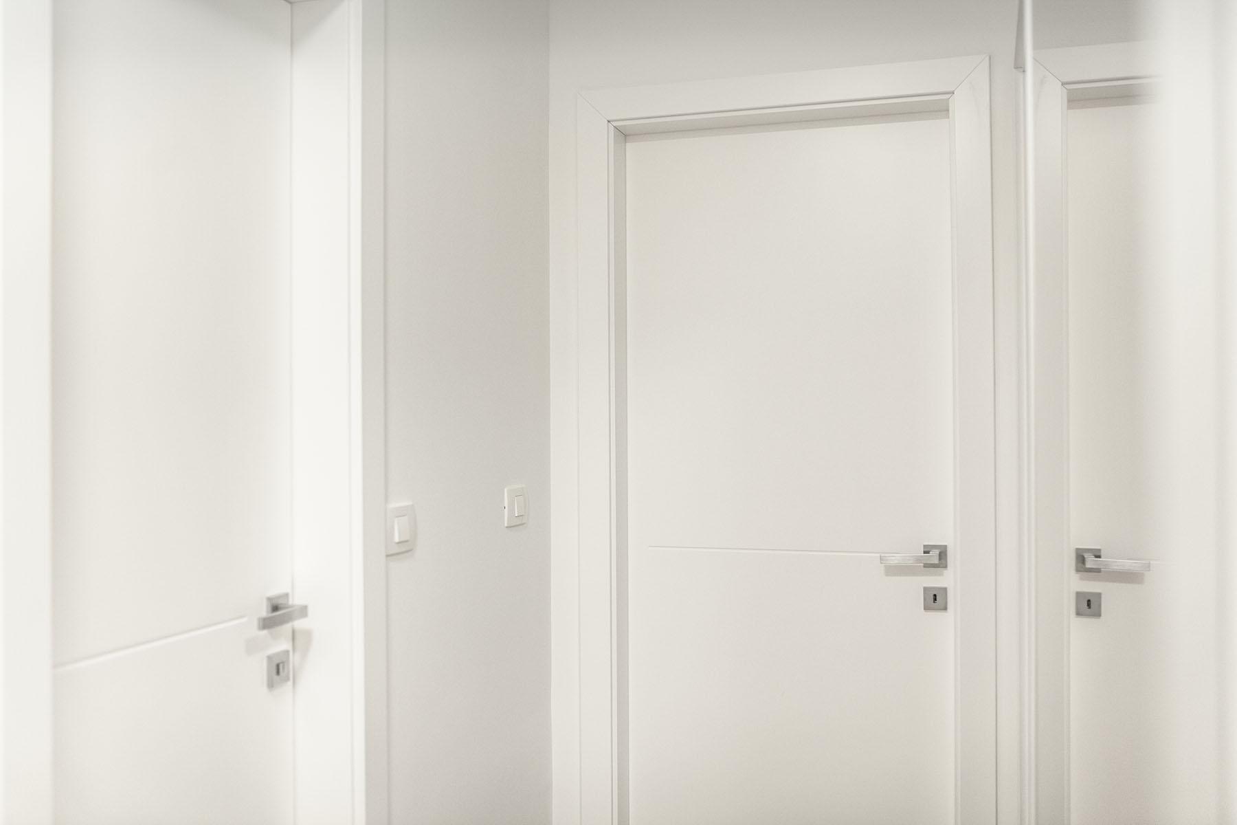 barvana notranja vrata po naročilu