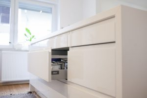kuhinjsko pohištvo po meri visoki sijaj