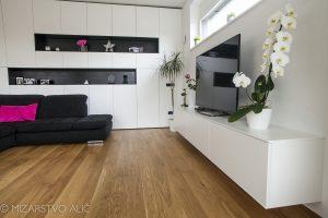 pohištvo za dnevno sobo po meri