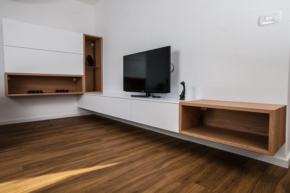 Oprema stanovanja po meri omare v dnevni sobi
