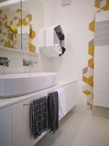 belo kopalniško pohištvo