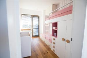 pohištvo po meri za otroško sobo